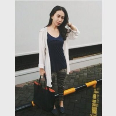 tiara anindita ∞ | Social Profile