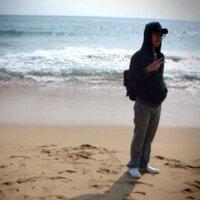 외로워보이는 리 옵뽜!!!! | Social Profile