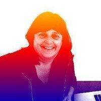 Celia Coffa | Social Profile