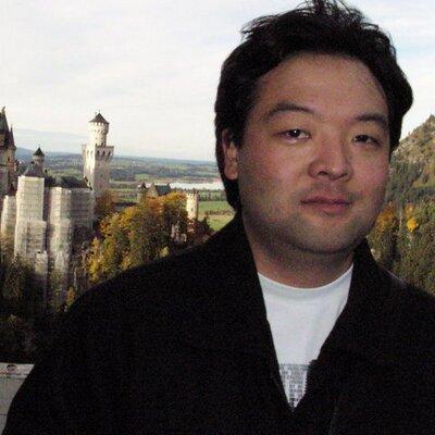 Mauricio Iwata | Social Profile