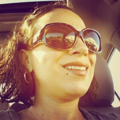 Amanda O.   Social Profile