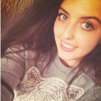 Aulona Krasniqi | Social Profile
