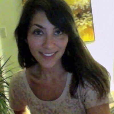 Jenn Bernstein | Social Profile