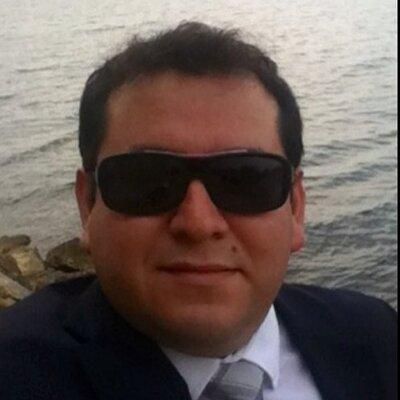 Victor Perez-Mares | Social Profile