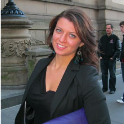 Diana L | Social Profile