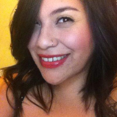 Stefanie Barrientos   Social Profile
