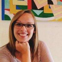Alison Auger | Social Profile