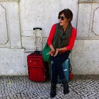 saskia wilson-brown | Social Profile