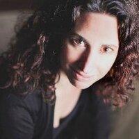 Andrea Nakayama | Social Profile