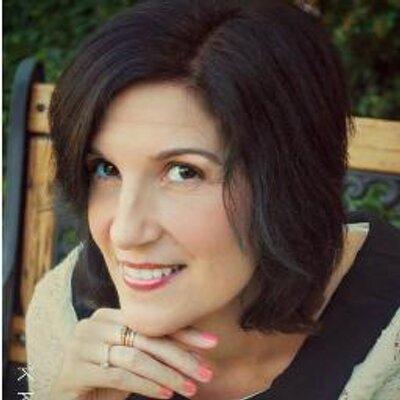 Amy Jones | Social Profile