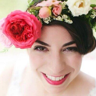 Elana Dweck | Social Profile