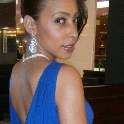 Cassandra Genevieve | Social Profile