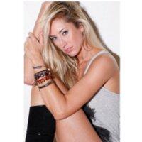 lauren stoner | Social Profile