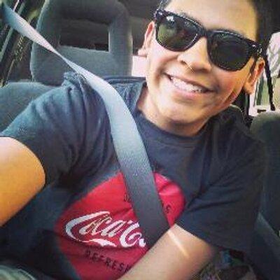 Abraham Mendieta | Social Profile