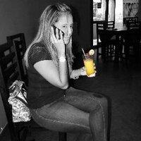 Angie Rivera | Social Profile