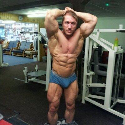 Lee Willis | Social Profile