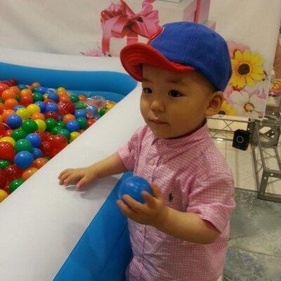 KA HYEON KIM | Social Profile