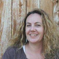 Jennifer Stott | Social Profile