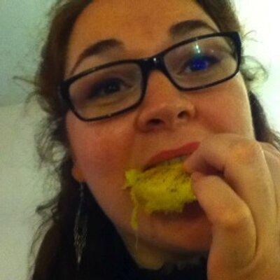 Emma Coften | Social Profile