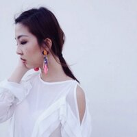 Vivien | Social Profile