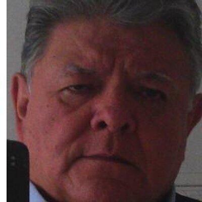 Roberto Andrade F. | Social Profile