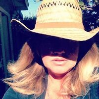 Mary Lallande | Social Profile