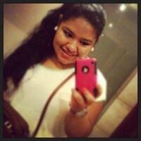 Ximena Burgos | Social Profile