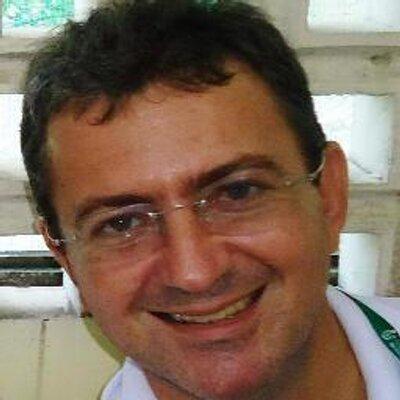 Éliton   Social Profile