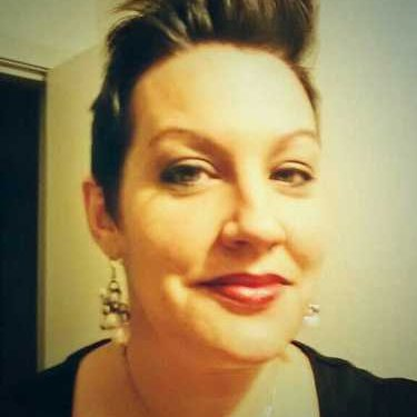 Sara Ferrill   Social Profile