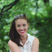 Elysia Hansen | Social Profile