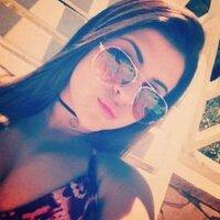 Isabelle Monteiro | Social Profile