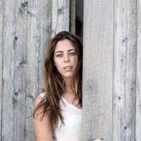 Katrina Davies | Social Profile