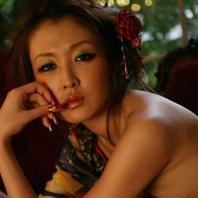 Mariko Maria Iwai | Social Profile