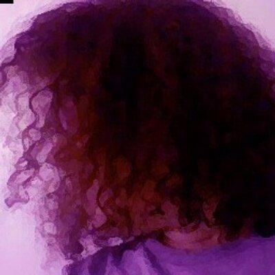 ellenronnie | Social Profile
