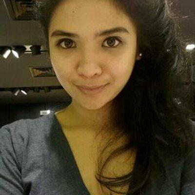 Edithya Pratiwi | Social Profile