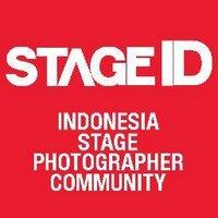 foto aksi panggung | Social Profile
