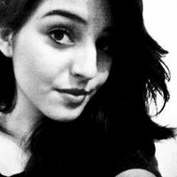 Tia Camila | Social Profile