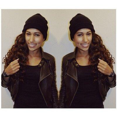 Joëlla ♥ | Social Profile