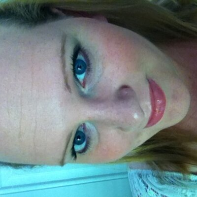 Lindsay0Jams | Social Profile