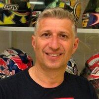 roberto marchionni | Social Profile