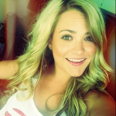 Amanda Martin   Social Profile