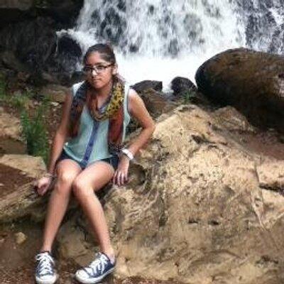 Claudia Borja ♥   Social Profile