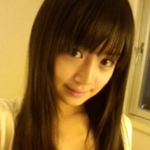 く~ Social Profile