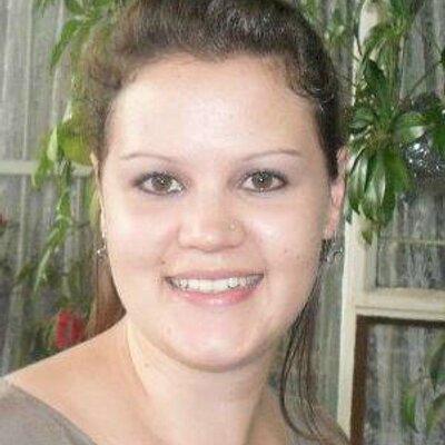 Lynette Etsebeth  | Social Profile