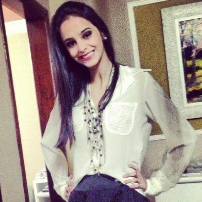 Mariana Hamer  ∆ | Social Profile