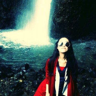 Mita Agustono ♛ | Social Profile