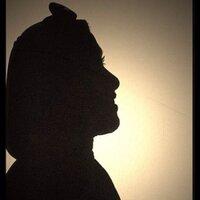 عايشة الرزوقي | Social Profile