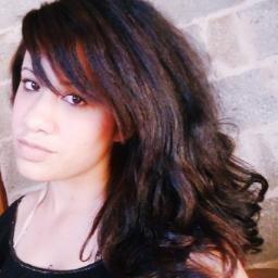 Katia Hosken  | Social Profile