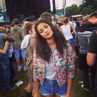 Anna Shaffer | Social Profile