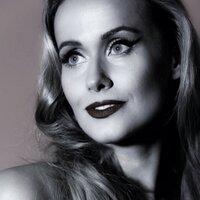 Lola Melnick | Social Profile